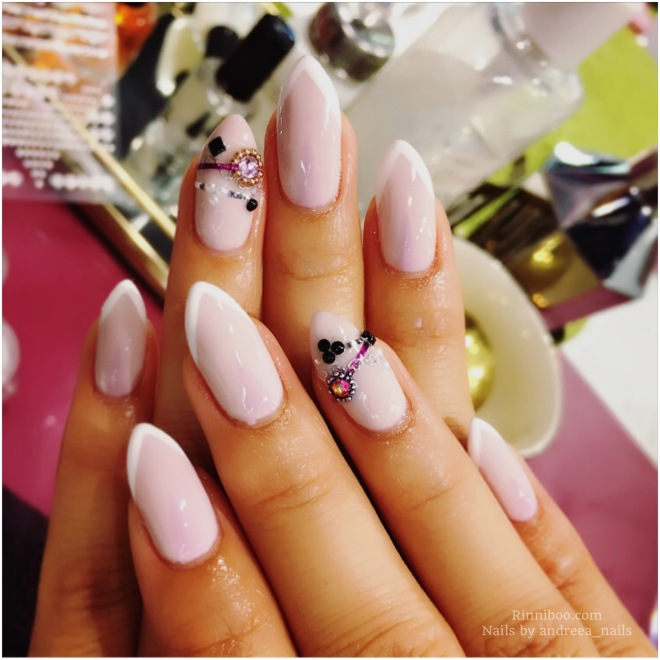 How to grow beautiful natural nails top tips painted naturally long nails manicure hands bracelet nails Korean trend fashion