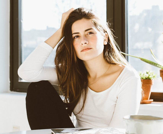 My name is Lauren Singer and I live a Zero Waste life in NYC. Trash is for tossers eco friendly sustainable green how to blog blogger lifestyle lblogger