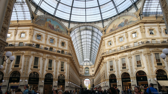Travel blog - Italy in a week Milan Switzerland Lake Como Venice blog blogger Foxtown outlet shopping where to eat where to go day trips easy jet lastminute.com package holidays planning flying hotel landmarks